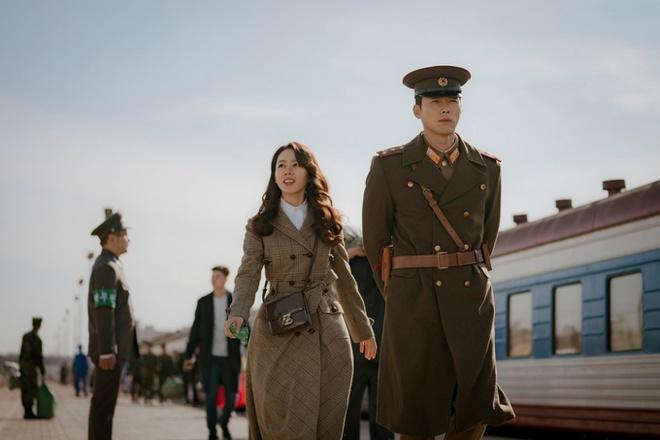 Hyun Bin và ê-kíp bị cấm nhập cảnh vì dịch Covid-19-1