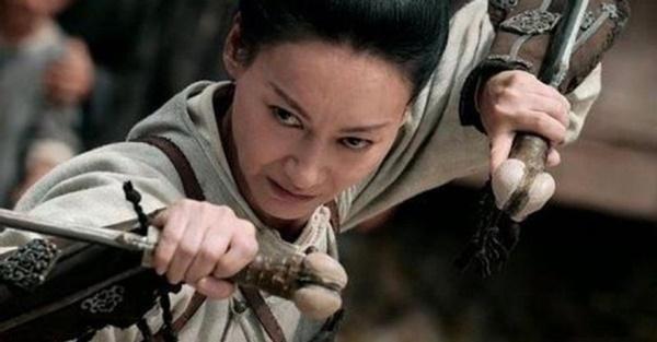 Nữ hoàng kungfu bị ruồng rẫy vì chụp ảnh nóng, rũ bùn làm lại cuộc đời-3