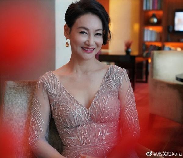 Nữ hoàng kungfu bị ruồng rẫy vì chụp ảnh nóng, rũ bùn làm lại cuộc đời-6
