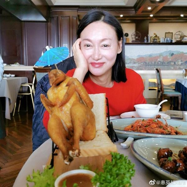 3 đả nữ của màn ảnh Hoa ngữ: Sự nghiệp thành công nhưng tình duyên lận đận-10