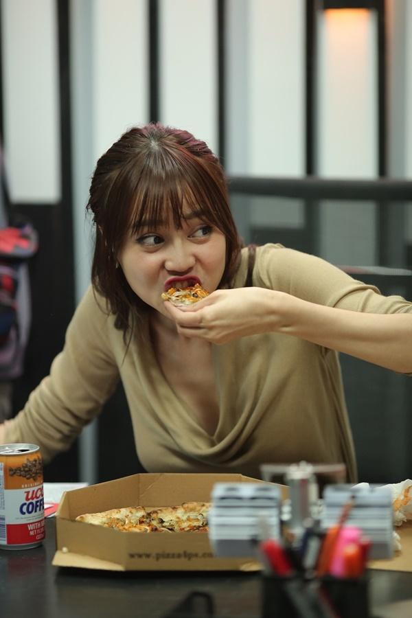 Hậu trường không như mơ về chuyện ăn uống, trang phục... của phim Việt-5