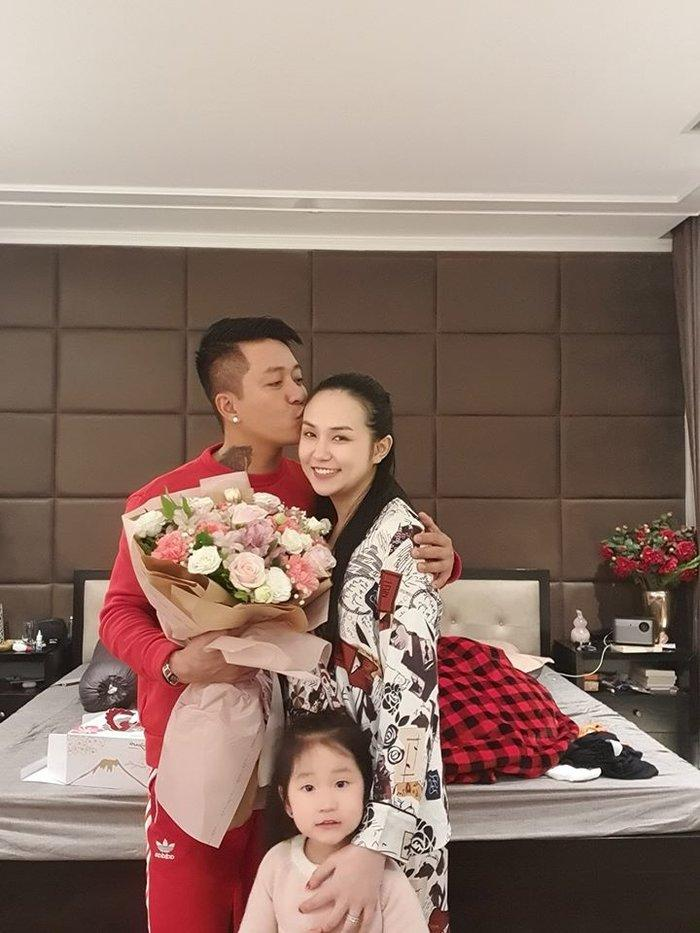 Hương Baby chính thức lên tiếng về thông tin đã ly hôn Tuấn Hưng-4