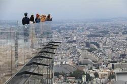 Ngắm toàn cảnh thành phố Tokyo từ đài quan sát trên cao