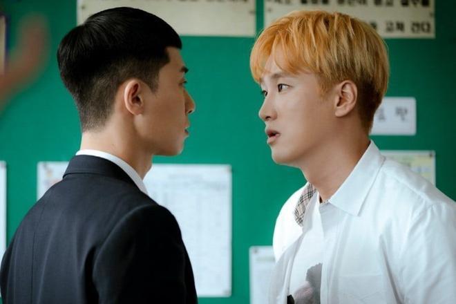 Thiếu gia bất tài của Tầng lớp Itaewon từng yêu thầm Song Hye Kyo-3