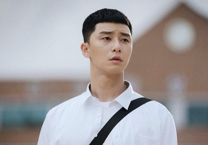 Tóc húi cua của nam thần Itaewon Class phủ sóng Vbiz: Đến Trường Giang còn chiều vợ học theo-2