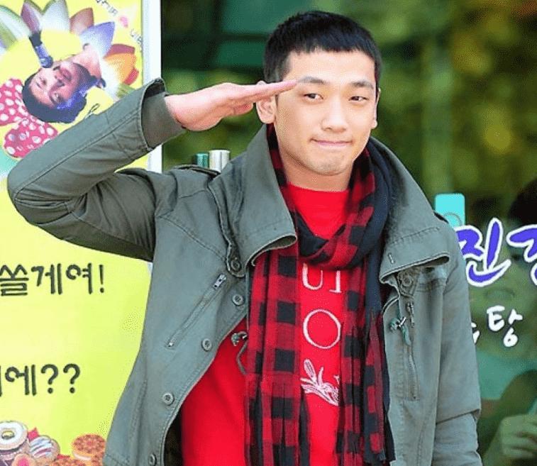 Tóc húi cua của nam thần Itaewon Class phủ sóng Vbiz: Đến Trường Giang còn chiều vợ học theo-10