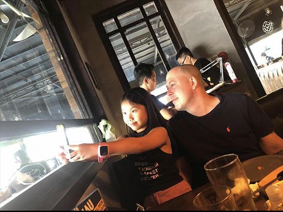 Vợ cũ MC Thành Trung hạnh phúc vì con gái yêu quý bạn trai mới như người thân trong gia đình-4