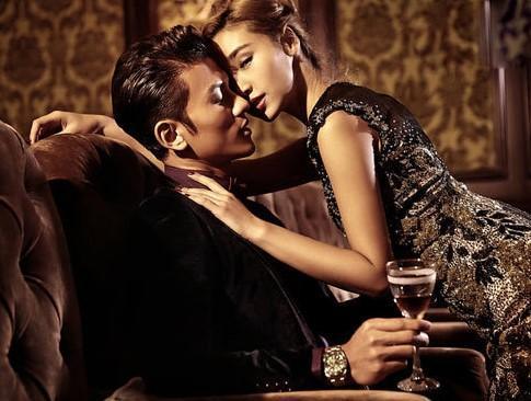 Yêu nhau mặn nồng nhưng bạn trai vẫn tìm gặp đàn ông vì cơn say nắng-1