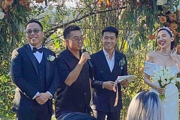 Không trăng mật sau đám cưới, Tóc Tiên - Hoàng Touliver rủ nhau 'tăng đề kháng chống Covid-19'