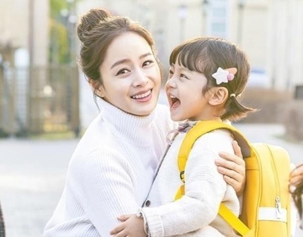 Lý do bé trai được chọn vào vai con gái trong Hi Bye, Mama-1