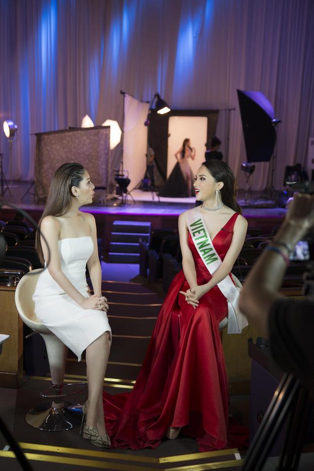 Trình độ tiếng Anh chênh lệch của 3 đại diện Việt Nam tại Hoa hậu Chuyển giới Quốc tế-1