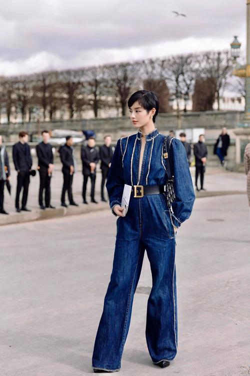 Đụng hàng jumpsuit, Châu Bùi thất thế trước Khánh Linh vì chiều cao lẫn cách mix đồ-2