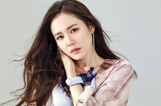 Son Ye Jin quyên góp gần 85.000 USD cho quê nhà Daegu-1