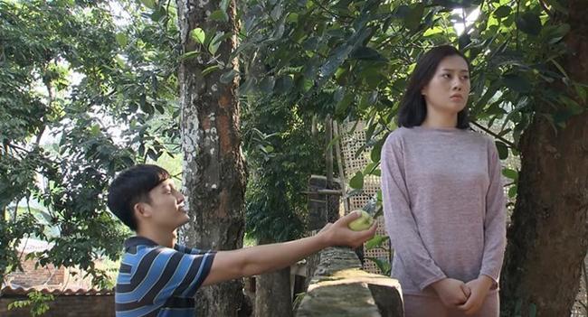 Sạn trong phim truyền hình Việt: Từ tin nhắn hẹn đi khách đến chiếc đĩa ma quái-1