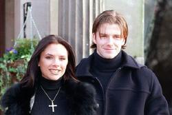 David Beckham kể ngày đầu xin số điện thoại của Victoria