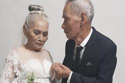 Bộ ảnh cưới đặc biệt của hai cụ già U80 khiến dân mạng nhiệt tình 'thả tim'