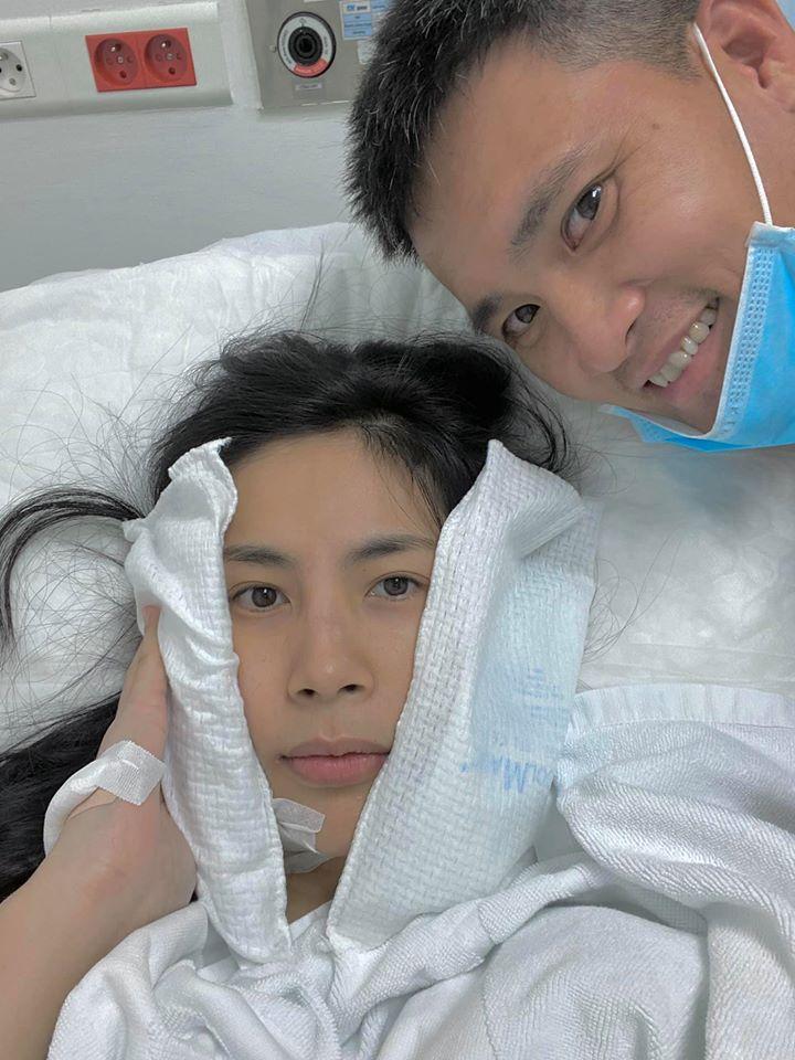 Thủy Tiên giấu chồng nhập viện, Công Vinh thở than: Lấy phải con vợ như này đau đầu lắm-1