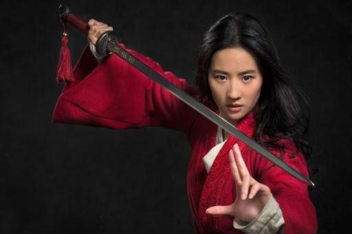 Trung Quốc yêu cầu cắt bỏ cảnh hôn của Lưu Diệc Phi trong Mulan-1