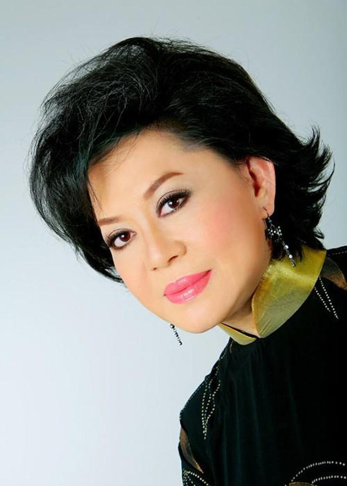 Đời tư ít biết của Hương Lan và 3 nữ danh ca nức tiếng Việt Nam-5
