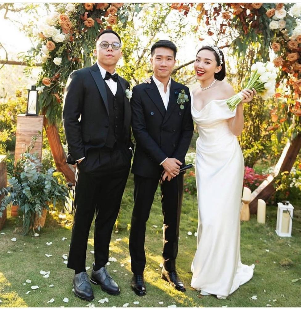 Lộ loạt ảnh cưới sắc nét của Tóc Tiên và Hoàng Touliver sau 9 ngày kết hôn bí mật-2
