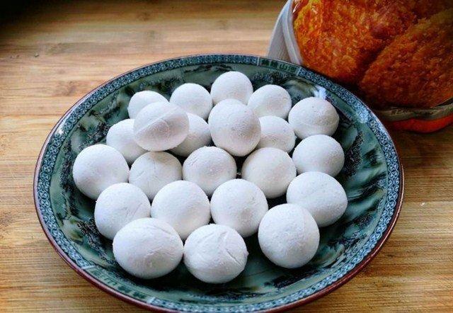 Bánh trôi chiên: Bạn đã biết bí quyết để thành phẩm ngoài giòn rụm trong dẻo mềm chưa?-2