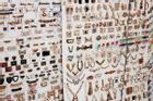 Tự làm trang sức tại nhà bằng nguyên liệu rẻ tiền
