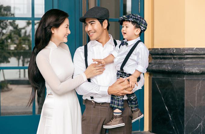 Ngọc Lan được người đàn ông bí ẩn tặng hoa sau 3 tháng công khai ly hôn Thanh Bình-4