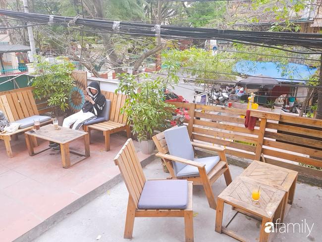 Quán cafe nổi tiếng Hà Nội bị tố vô văn hóa, chủ quán chửi khách: Mày đến không biết mở mồm chào hỏi ai à?-1