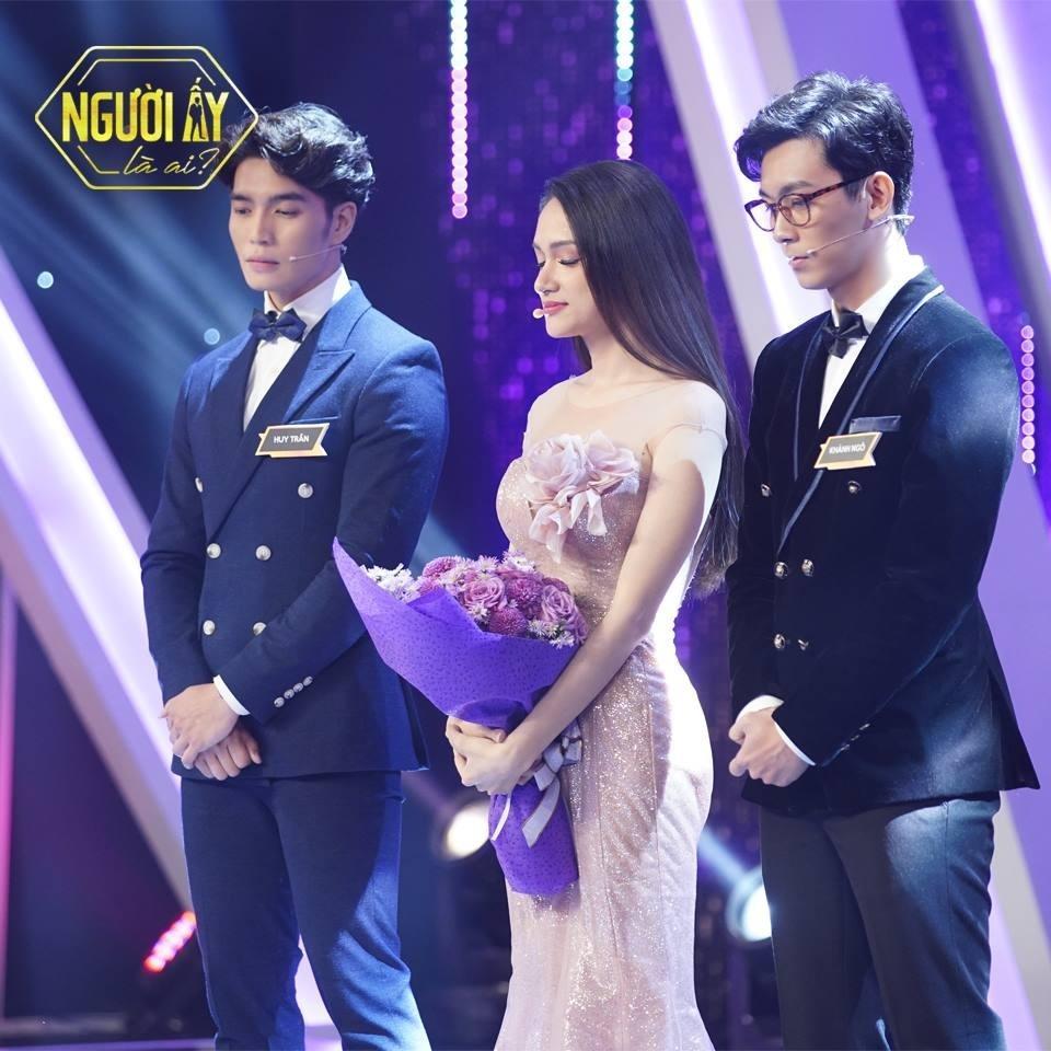 Hương Giang bất ngờ công khai bạn trai mới: Huy Trần và Philip Thinroj đồng loạt bị réo tên-3