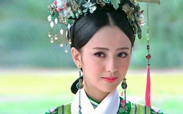 Tứ đại mỹ nhân Tân Cương: Sắc đẹp không cứu nổi tài năng, thị phi bủa vây đời tư-1