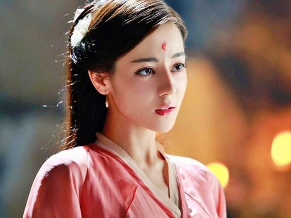 Tứ đại mỹ nhân Tân Cương: Sắc đẹp không cứu nổi tài năng, thị phi bủa vây đời tư-5