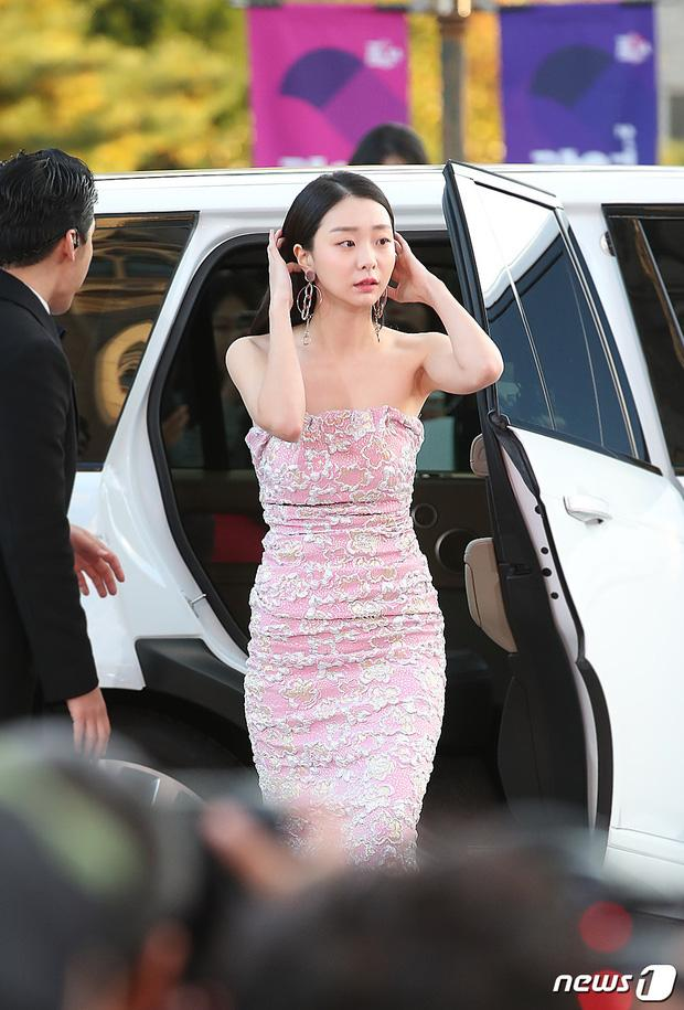 Khác hoàn toàn hình ảnh nữ quái trong Itaewon class, Kim Da Mi ngoài đời đẹp thuần khiết-10