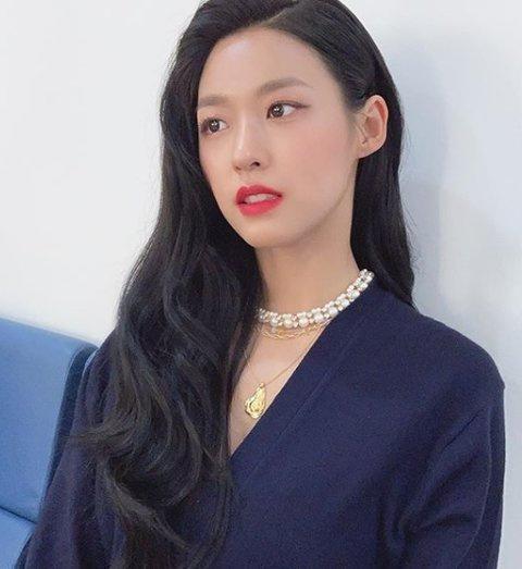 Jennie và dàn mỹ nhân Hàn để tóc đen cũng đủ xinh đẹp-4