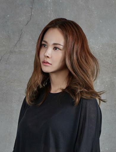 Lee Dong Wook và nhiều sao Hàn bị nghi là thành viên giáo phái Tân Thiên Địa-2