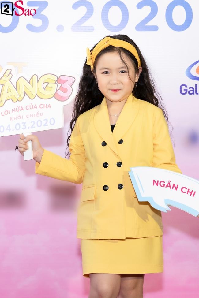 Cát Phượng hộ tống Kiều Minh Tuấn ra mắt phim mới giữa mùa dịch corona-2