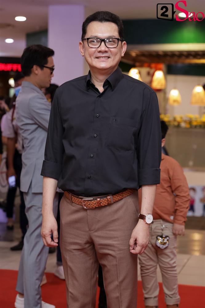 Cát Phượng hộ tống Kiều Minh Tuấn ra mắt phim mới giữa mùa dịch corona-6