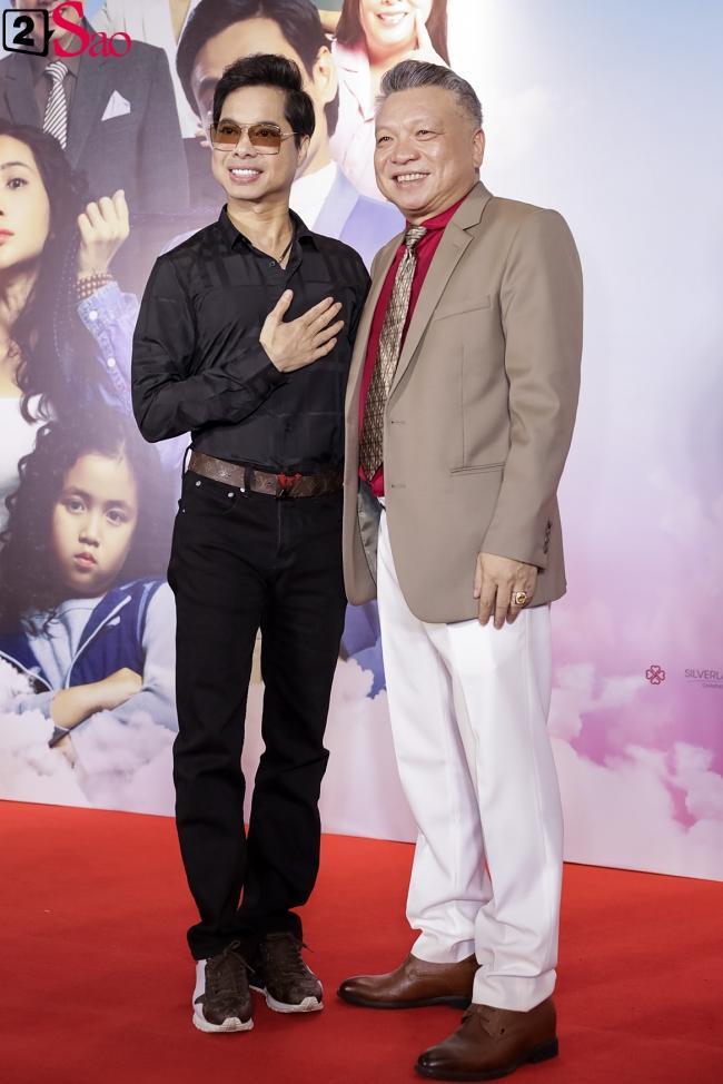 Cát Phượng hộ tống Kiều Minh Tuấn ra mắt phim mới giữa mùa dịch corona-11