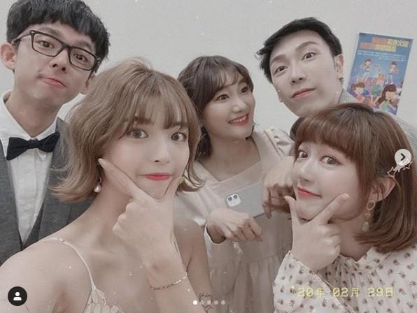 Nữ YouTuber trở về từ Hàn không cách ly vẫn mở tiệc tưng bừng gây tranh cãi dữ dội-2
