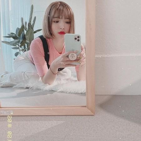 Nữ YouTuber trở về từ Hàn không cách ly vẫn mở tiệc tưng bừng gây tranh cãi dữ dội-1