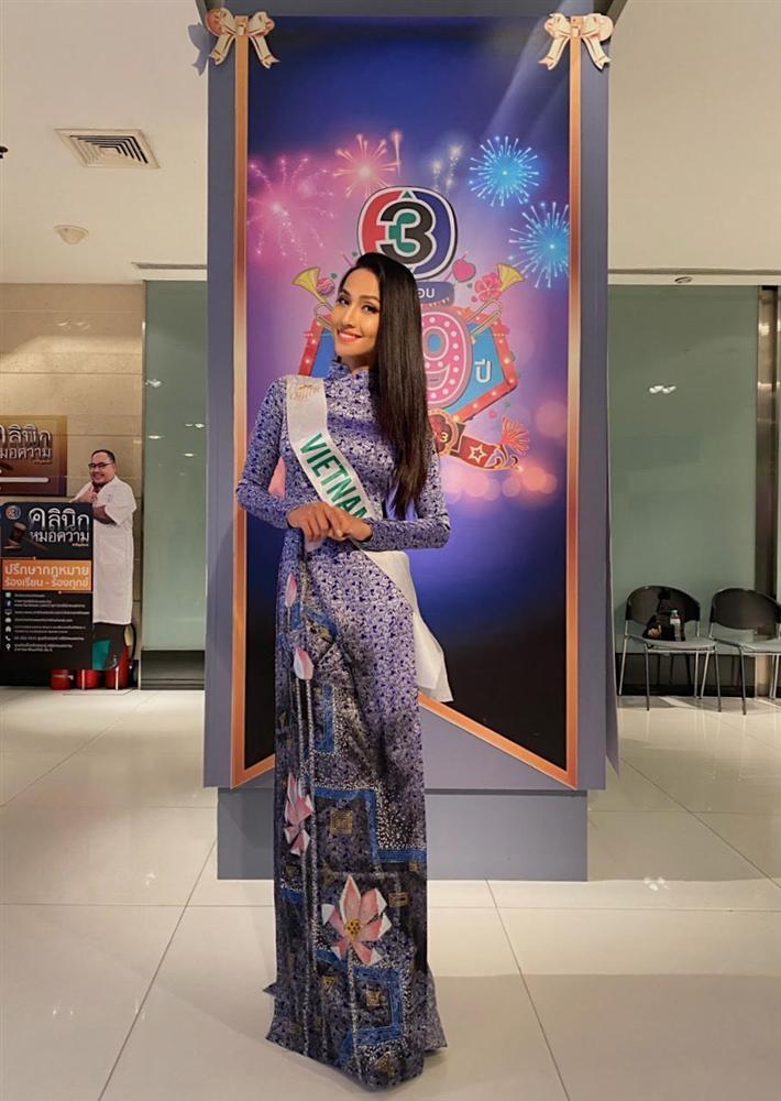 Không thể sang Thái Lan cổ vũ Hoài Sa thi đấu, Trọng Hiếu vẫn làm điều ngọt ngào cho mỹ nhân-4