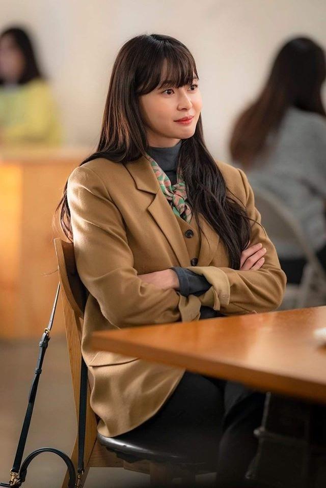 Nữ phụ Itaewon Class: Mặt mộc xuất sắc, thân hình nóng bỏng, từng hẹn hò Lee Jong Suk-3