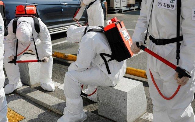 4 bệnh nhân Hàn Quốc qua đời tại nhà vì thiếu giường bệnh, bác sĩ đòi nghỉ vì quá mệt-1