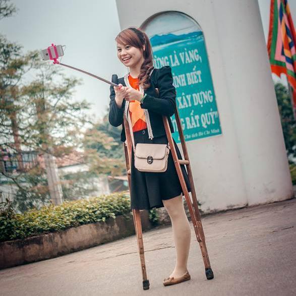 Xôn xao loạt ảnh cưới của cặp đôi khuyết tật, cô dâu hóa ra là cái tên đình đám giới trẻ Việt-4