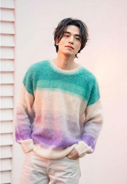Pha đụng hàng bất phân giới tính: Từ Park Min Young đến Lee Dong Wook đều mê mệt chiếc áo màu mè-3