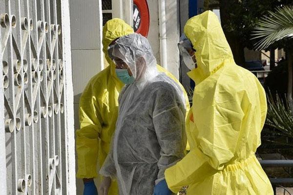 Một gia đình có 16 người nhiễm virus corona-1