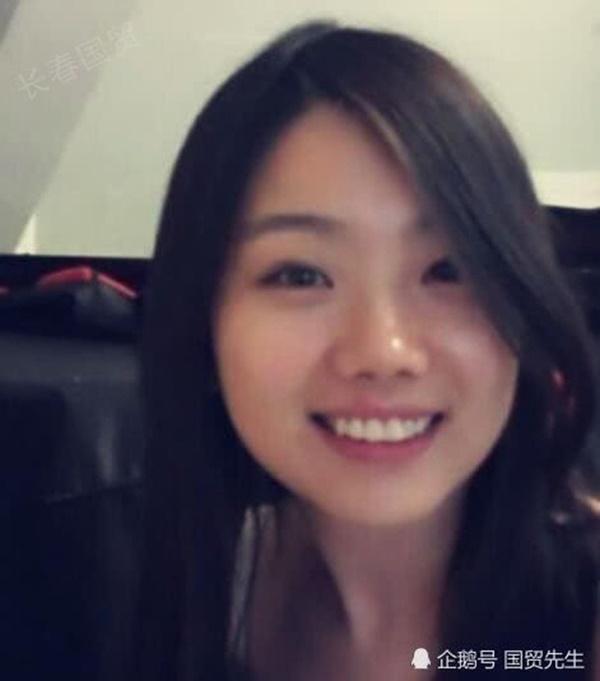 Hoàn Châu Cách Cách: Tiểu mỹ nhân gắn với Triệu Vy 23 năm trước xinh đẹp mỹ miều nhưng gây sốc vì đi tu-3