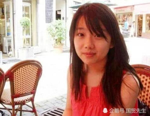 Hoàn Châu Cách Cách: Tiểu mỹ nhân gắn với Triệu Vy 23 năm trước xinh đẹp mỹ miều nhưng gây sốc vì đi tu-5