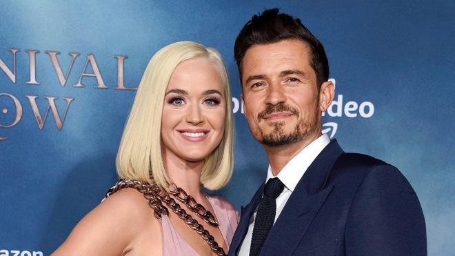 Katy Perry mang thai ở tháng thứ 6-2