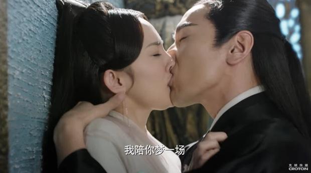 Chồng cũ Dương Mịch đứng đầu danh sách mỹ nam có cảnh hôn làm đau bạn diễn-4