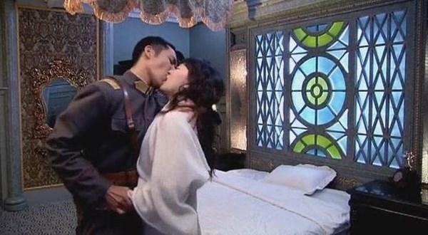 Chồng cũ Dương Mịch đứng đầu danh sách mỹ nam có cảnh hôn làm đau bạn diễn-10